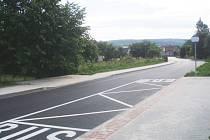 Opravená silnice ve Starém Dvoře