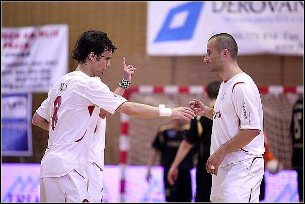5. finále: V rozhodujícím utkání zvítězil Era-Pack Chrudim nad teplickou Balticflorou 4:2.