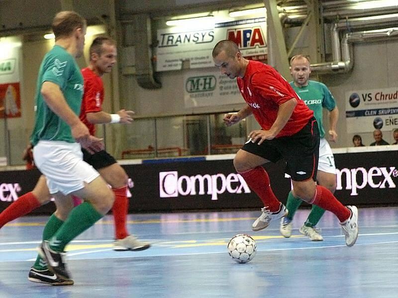 Z druhého ukání základní skupiny UEFA Futsal Cupu Era-Pack Chrudim – Nautara Kaunas 8:1.