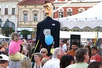 Již 57. Loutkářská Chrudim byla v neděli slavnostně zahájena průvodem.