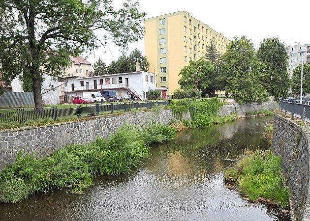 Řeka v Chrudimi.