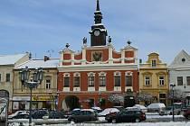 Stará radnice v Chrudimi, kde sídlí městská policie.