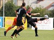 Přípravné fotbalové utkání Národní fobalové ligy mezi MFK Chrudim (v černém) a Sokolem Živanice (v oranžovém) na hřišti v Chrudimi.