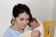 JIŘÍ JENÍČEK. Veronika a Jiří z Chrasti se 26.7. v 9:07 stali poprvé rodiči. Jejich Jirka vážil 3,6 kg a měřil 52 cm.