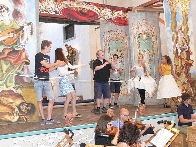 Barokní scéna v Chrudimi
