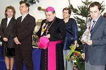 Zahájení výstavy si nenechali ujít politici ani představitelé církve.