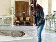 Na snímku se nachází exponát z výstavy v Regionálním muzeu Chrudim. Uhodnete, k čemu sloužil?