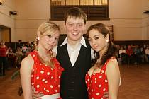 Jubilejní 10. ročník Tanečního festivalu VYSOČINA 2009 nabídl v chrastecké sokolovně divákům osm soutěží.