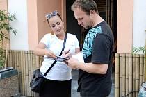 Podpisy na podporu prezidentské kandidatury Miloše zemany se sbíraly i na Resselově náměstí v Chrudimi.