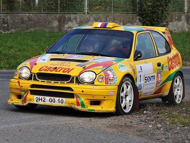 Rallye Pardubice v sobotu projížděla také obcí Janovice