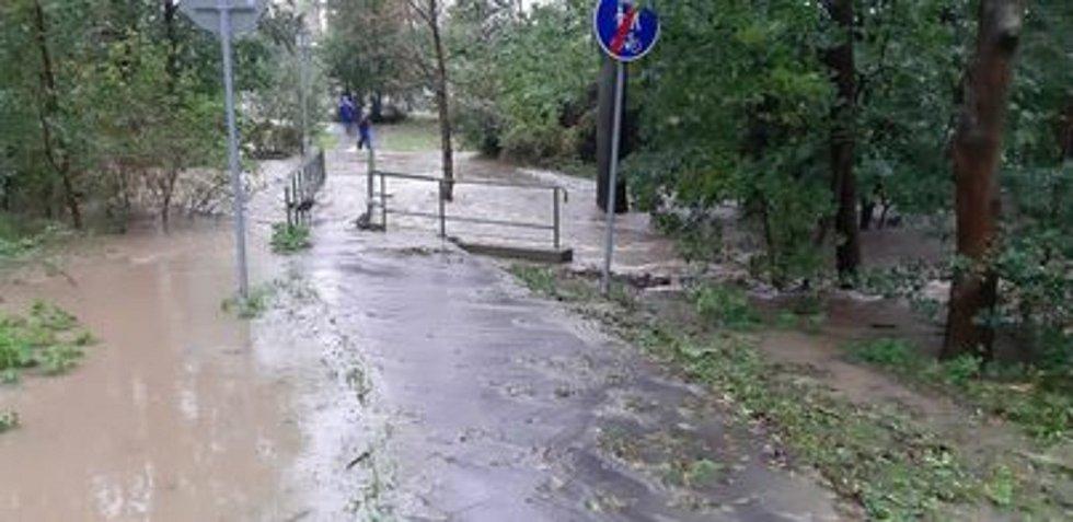 Starosta: Prosím, nechoďte k řece!