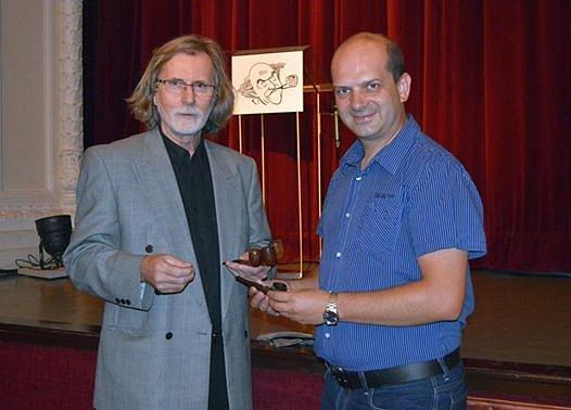 Petr Pospíchal věnoval muzeu čtyři dýmky.