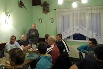 Oslava 71. narozenin mecenáše Ivana Hoffmanna v restauraci U Vodojemu.