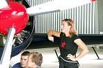 Třídenní soustředění úřadujících leteckých mistrů světa v akrobatickém létání nabídlo ukázky špičkových dovedností čtyř zahraničních pilotů z Francie, Finska, Španělska a Brazílie. Pátým členem skupiny je česk