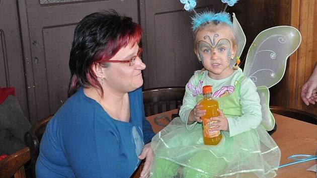 Dětský karneval v Krouně se doslova hemžil nápaditými maskami.