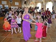 Maturitní ples Střední zemědělské školy v Chrudimi.