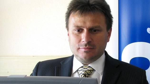 Prezident Era-Packu Chrudim František Tichý.