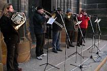 Speciálním koncertem  přivítalo na Resselově náměstí v Chrudimi nový rok kvarteto trubadúrů.