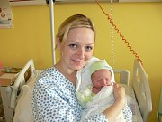 MATĚJ NOVOTNÝ (2,9 kg a 48 cm) je od 10.11. od 1:13 jméno prvního miminka Petry a Matěje Novotných z Chrudimi.