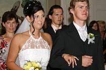 Novomanželé Blažkovi si své ano řekli v obřadní síni na zámku v Chrasti 8.8. 2008.