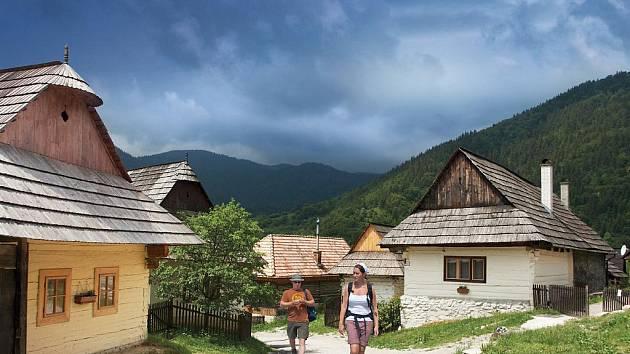 Slovensko – tedy správně Slovenská republika – je pro české cestovatele země zaslíbená.