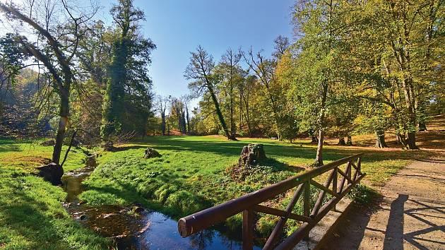Zámecký park v Heřmanově Městci