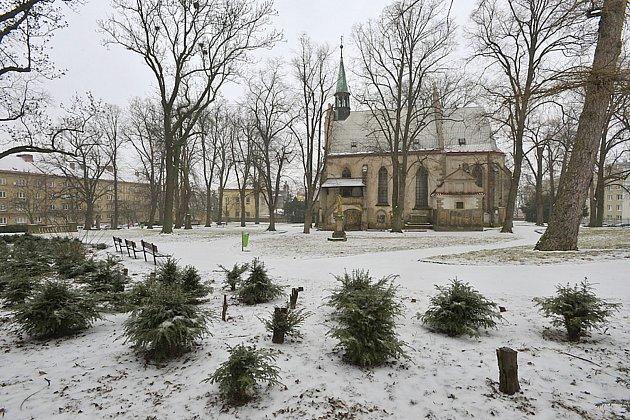 Michalský park s kostelem sv. Michaela archanděla.