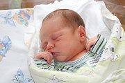 TEODOR ŠROM. Pavlína a David z Rybitví se 6.9. v 17:42 stali poprvé rodiči.