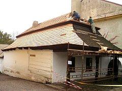 Muzeum dýmek v Proseči bude mít novou střechu.