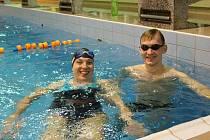Při pokusu o rekord vládla v chrudimském bazénu skvělá nálada.