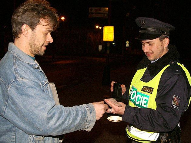 Noční kontrola dopravní policie.