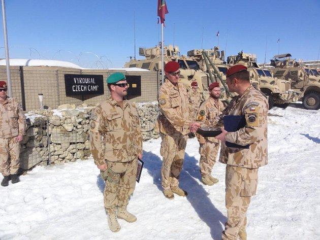 Česká 5. jednotka poradního a výcvikového týmu (OMLT) působící na základně Solthan Kheyl v afghánské provincii Wardak pojmenovala svou část základny po českém vojákovi, který zde předloni zahynul. Při této příležitosti se uskutečnil také slavnostní nástup