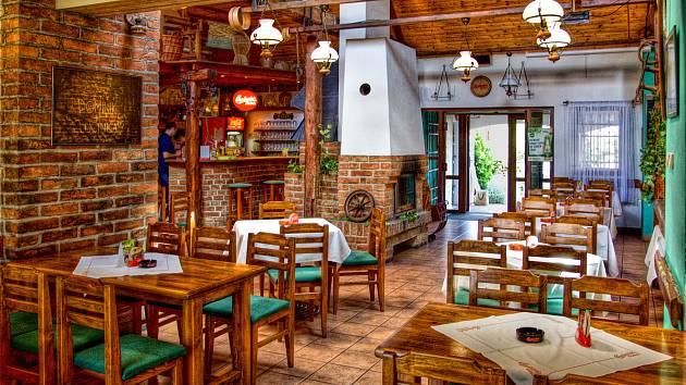 15. Restaurace Česká Stodola, Heřmanův Městec