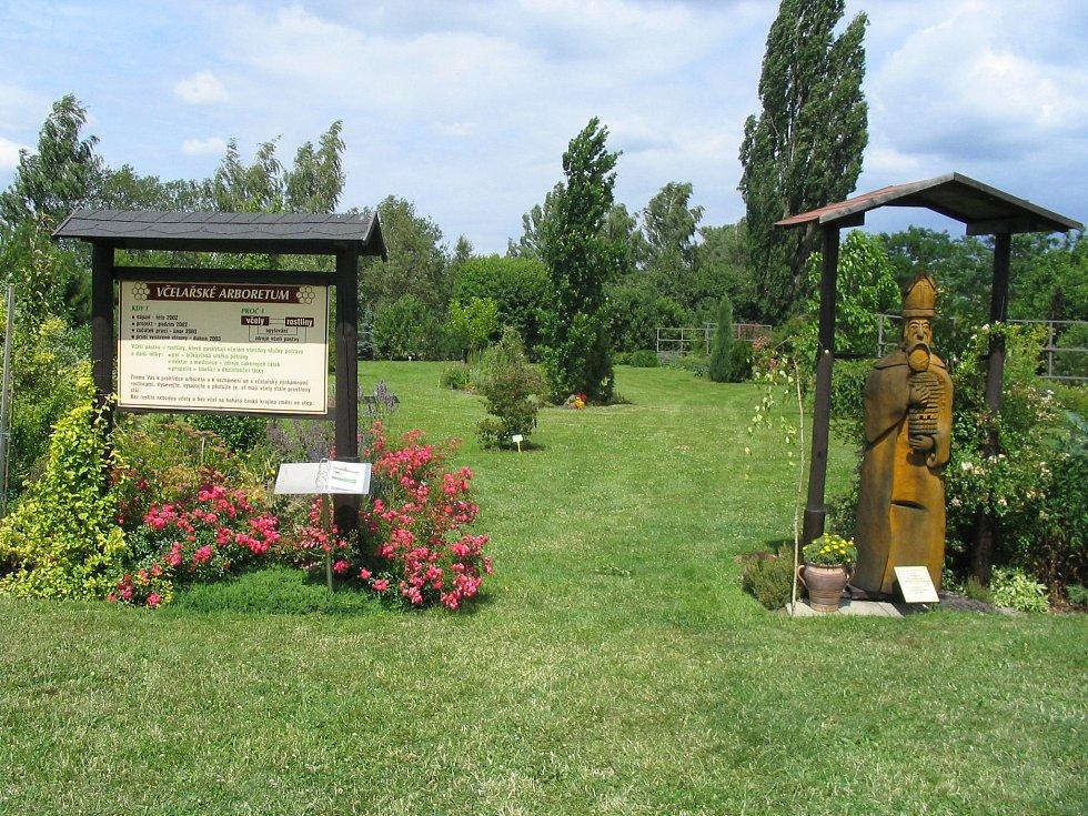 Arboretum s klátem sv. Ambrože.