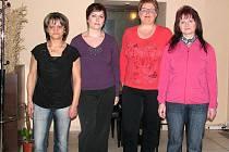 Po osmi týdnech soutěže se mohou (zleva) Jana Mlatečková, Michaela Doležalová, Lucie Oberreiterová a Jana Kloferová pochlubit štíhlejšími křivkami.