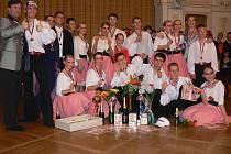 Z tanečního festivalu Mistrovství České republiky v plesových choreografiích a párové polce, který se 1. května 2011 konal v Chrudimi.
