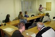 V areálu SŠZ a VOŠ Chrudim se konala přednáška Seznámení se zdravou výživou spojené s ochutnávkou a poradenstvím.