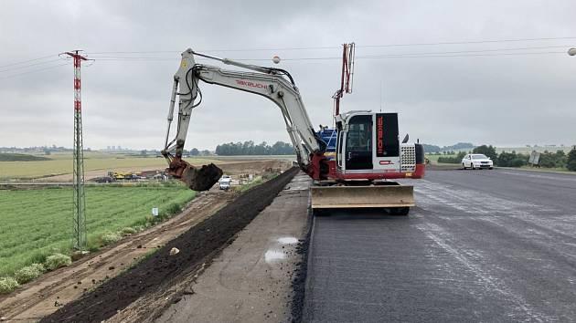 Výstavba obchvatu Chrudimi na silnici I/37 probíhá dle harmonogramu, v prosinci se otevře