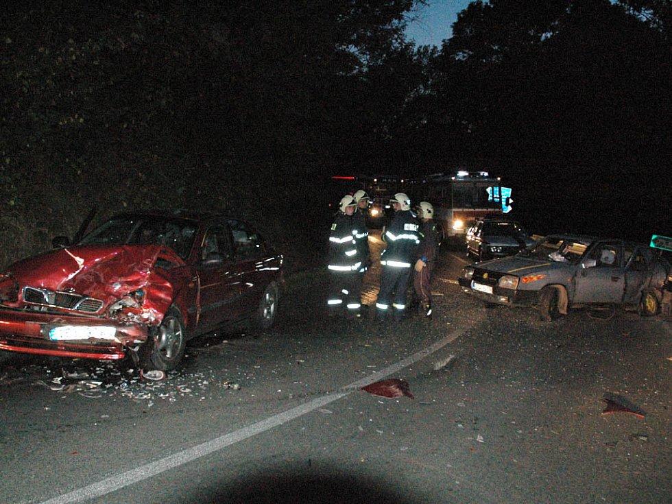 Při nehodě u Seče byli zraněni čtyři lidé.