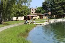 Voda na Konopáči je stále vhodná ke koupání.