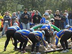 Hasiči všech věkových kategorií závodili při Stoklasově memoriálu v Bělé.