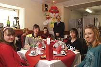 Valentýnské menu připravené studenty Hotelové školy Bohemia v Chrudimi.
