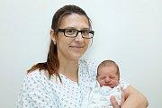 Oskar Münster (3,2 kg a 52 cm) je od 13.4. od 22:03 jméno prvního miminka Lucie a Tomáše z Vysokého Mýta.