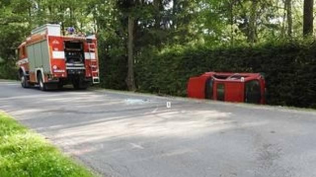 Nehoda mezi Hlinskem a Hamry