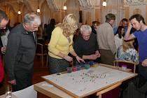 Veřejnost debatovala s vedením města o problémech Chrudimi.