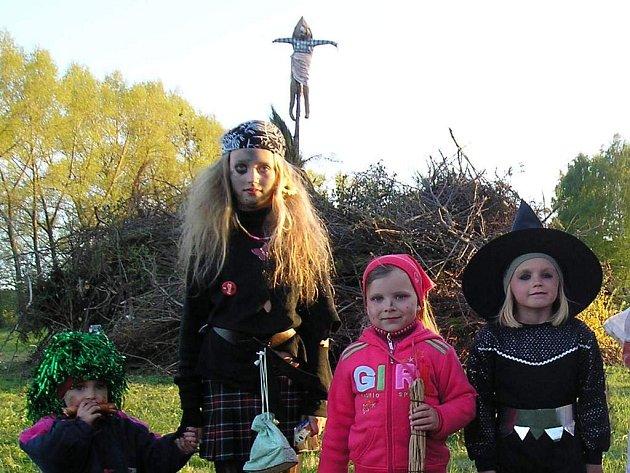 Čarodějnické setkání v Krouně.