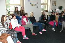 Úvodní workshopy ve středisku Probační a mediační služby přilákaly spoustu diváků.
