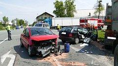 Nehoda u Heřmanova Městce si vyžádala tři zranění.