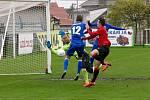 Chrudimští fotbalisté prohráli po bezbrankové remíze penaltový rozstřel s Královým Dvorem.
