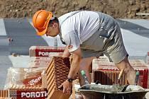 Stavební práce na hospici pokračují velmi rychle.
